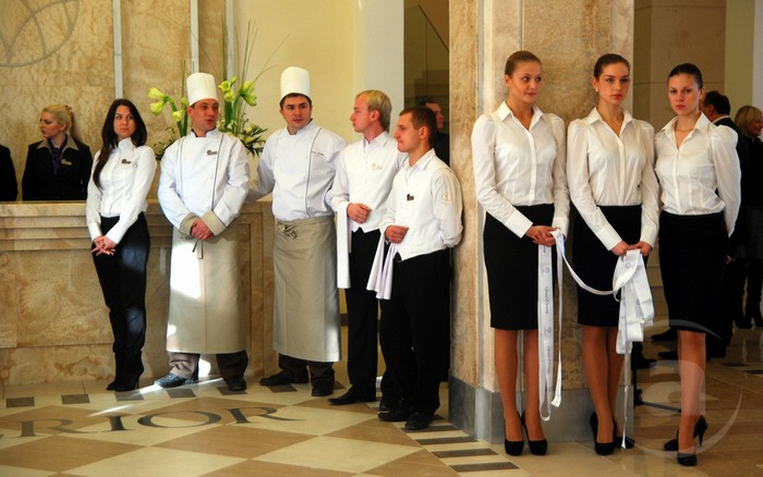 основные маркетинговые работа в москве снг ресторане заклеивания дивана Вам