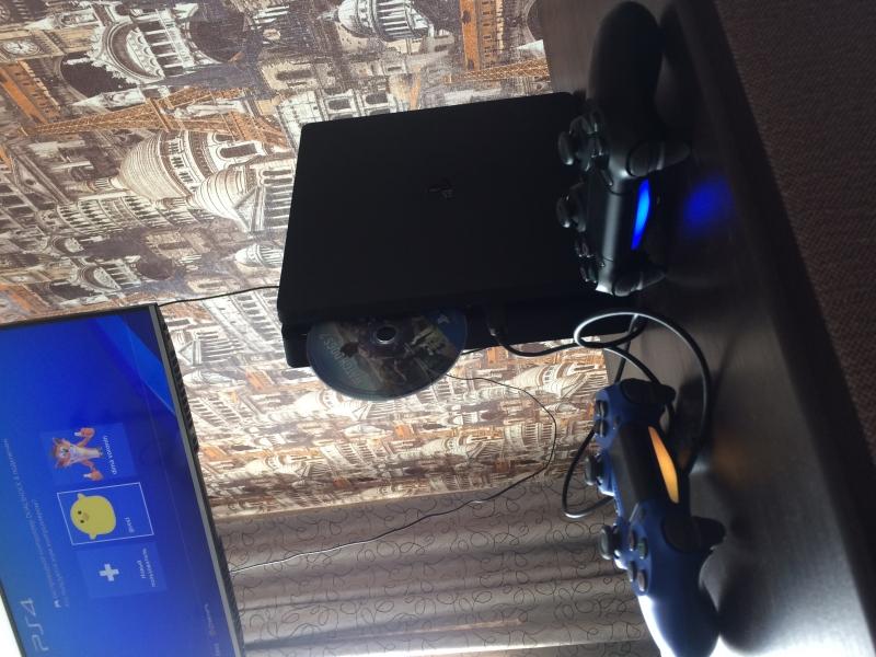 Игровая консоль PlayStation 4 Slim 500GB