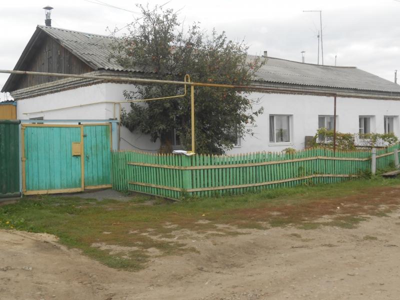 Продам половину жилого дома в р.п.Каргаполье ул.Первомайская